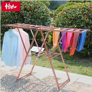 Light Weight composite space aluminum cloth rack comes in Silver and rose gold color