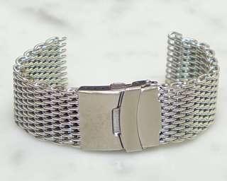Silver 22 mm Shark Mesh Bracelet