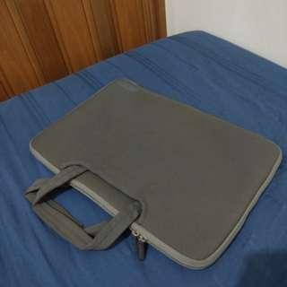Tas / Case Capdase Laptop / Macbook Pro 15 inch warna abu abu