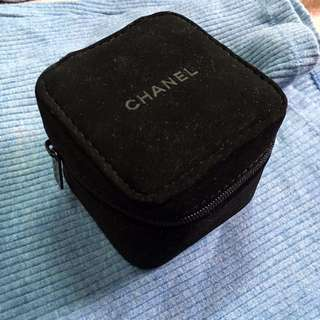 (New) Chanel watch bag / box