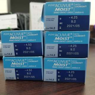 1-day Acuvue Moist Contact Lenses with LACREON -425/-450