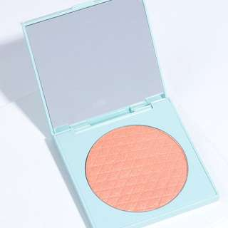 Colourpop Pressed Powder Highlighter Taffy (Limited Edition)