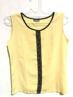 Vivo Sleeveless Shirt