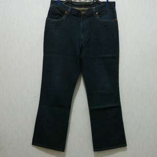 Celana jeans pria Wrangler 'sanforized' bootcut