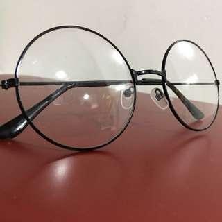 Black Round Glasses