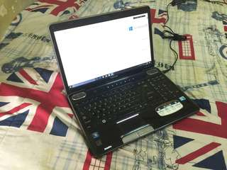 Laptop Thosiba Satellite A505