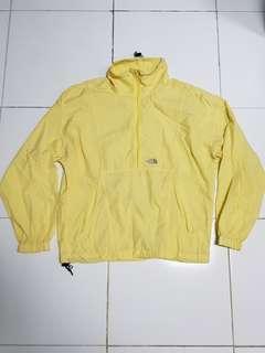 T.N.F Jacket packable half zipper.