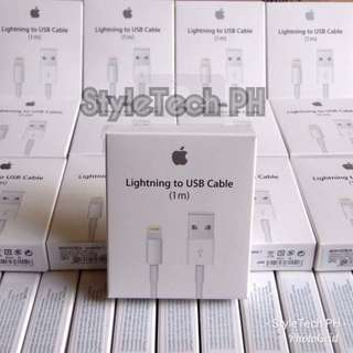 Apple lightning cable with warranty perfect for Iphone Itouch and Ipad :)
