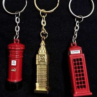 3 London Keychains