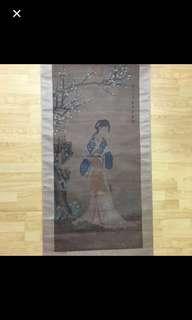 {Collectibles Item - Ancient Painting} 明朝古画 Ming Dynasty Chinese Ancient Painting On Silk -【桃花仕女圖】 軸画長6尺9寸(205cm) 寛2尺5寸(73cm) - 唐寅 (Tang Yin) 【1470年-1524年】 明代著名画家、文学家、字伯虎、吴中四才之一。在畫史上又與沈周、文徴明、仇英合称【明四家】或【吴门四家】。