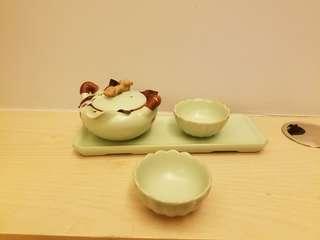 中国茶杯茶壶套装