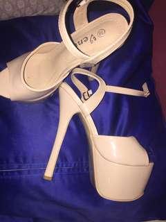 Nude heels 6inch tall