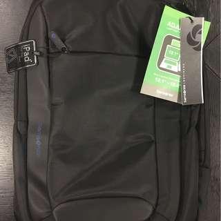 Samsonite Ikonn laptop bag