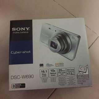 Sony DSC-W690(black) BNIB