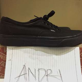 Vans Authentic All Black ( uniqlo, dickies, stussy, supreme, champion )