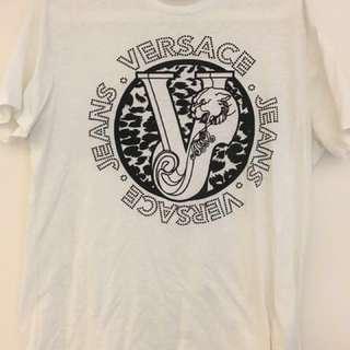 🚚 Versace 凡賽斯 t-shirt (極新)
