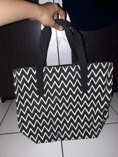 TOTE BAG (Free 1pcs for BUYER, min.beli 2item)