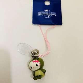 Universal studios Japan hello kitty dinosaur keychain