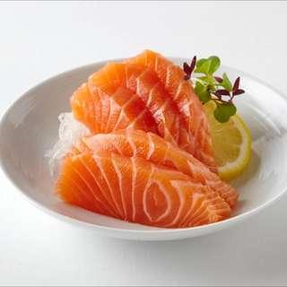 Free Sashimi! (salmon)