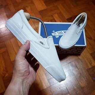 VANS Vault OG White Classic Slip-On (Leather) US7.5