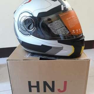 Helmet hnj