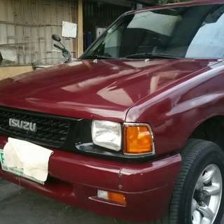 Isuzu crew cab pick up