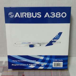 Phoenix 1:400 Airbus A380 ( Flying with  A350 XWB engine )