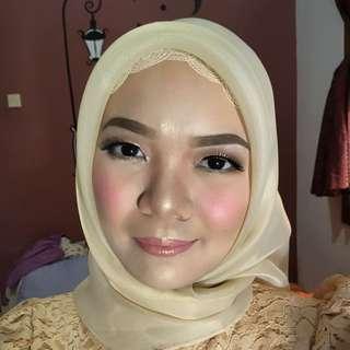 Make Up Artist - NewEra