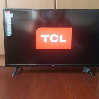 For sale Tcl hd led tv 32D2900