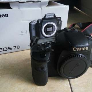 Jual Canon 7D Good Deal