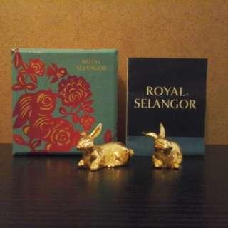 Royal selangor rabbit figures