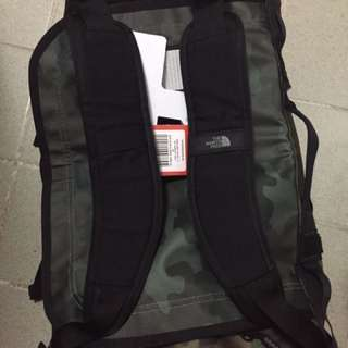 The North Face base camp duffle bag/backpack s size迷彩做gym旅行防水背囊背包