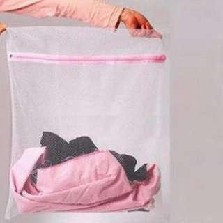 Jaring Baju Kotor Aman di Mesin Cuci (Laundry Bag)