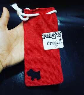 Crochet handphone pouch