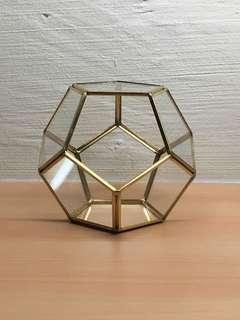 Geometric Pot Pentagonal