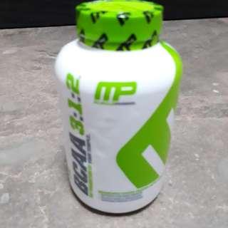 BCAA muscle pharm - 240 capsules