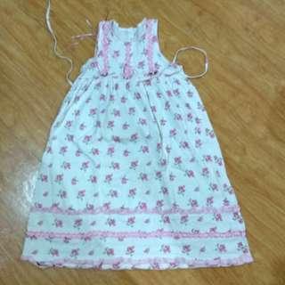 Dress putih bunga
