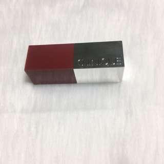 Clinique mini lipstick in icon pop