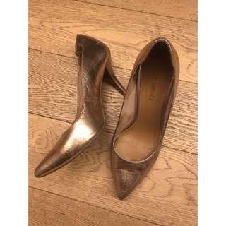 le saunda - metallic gold heels / 9cm