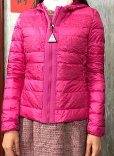 Moncler 小童14碼桃紅色釘花花薄羽絨