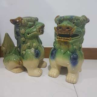 Chinese lion statue deco
