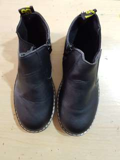 Kids Boots / Winter Shoes