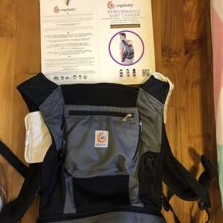 New authentic ergo baby performance carrier