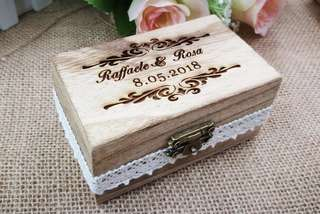 Wedding ring box - rectangular