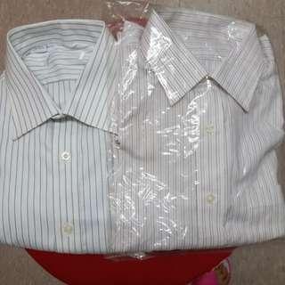 間條恤衫2件