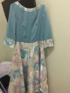 Preloved dress biru motif 7/8