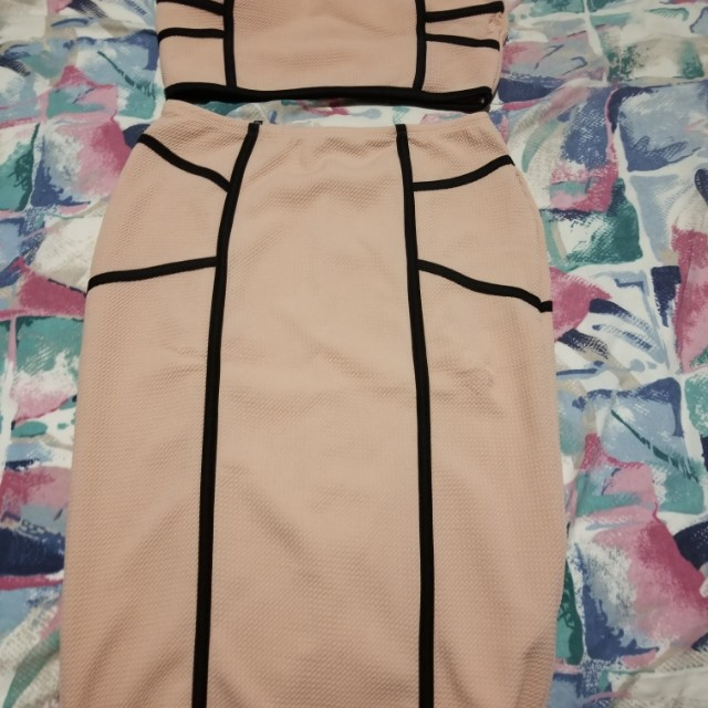 2pc outfit size large