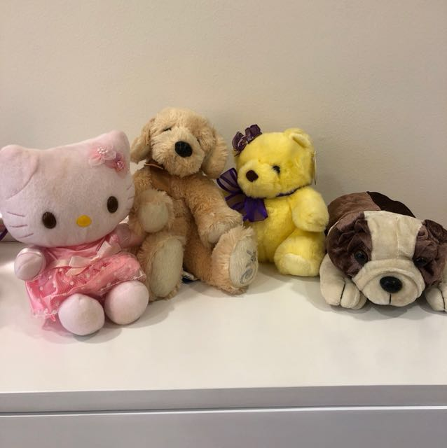 4 small Stuffed toys