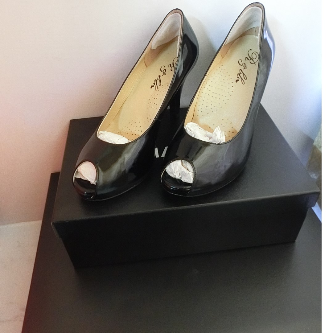 台灣手工鞋內增高舒適曲線 紓壓墊素雅魚口 黑色 R&BB