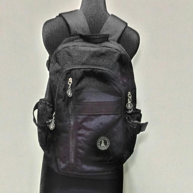 九成九新~ B.S.DAISHUWA ( SUPERBAG )黑色 後背包~ 男女都可適用 ~